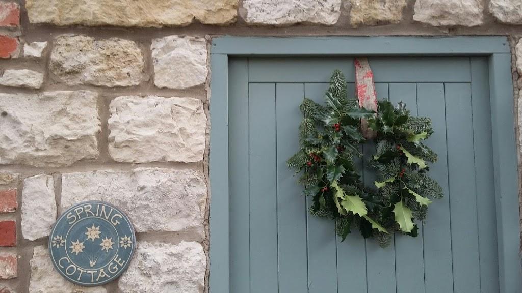 Christmas Wreath – Luxury Yorkshire Cottage