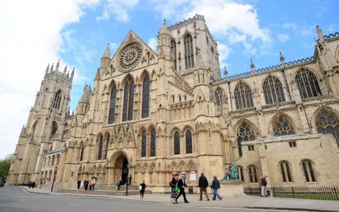 Oh dear!York Minster has sacked all 30 of its volunteer bellringers
