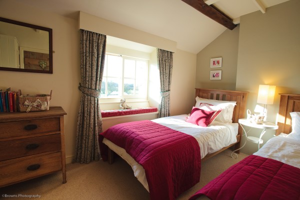 luxury yorkshire country cottage twin room